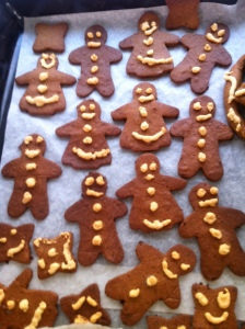 tray of gingerbreads