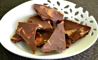 True Paleo Chocolate (completely sweetener free)