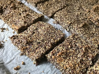 Pre-biotic Fibre Rich Flaxseed Bread